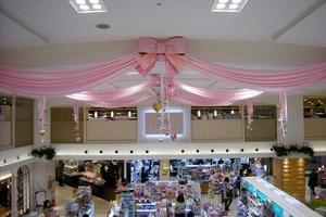 福岡市天神のソラリアステージを装飾のサムネイル