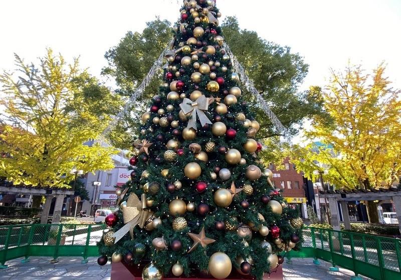 大橋駅前クリスマスツリー
